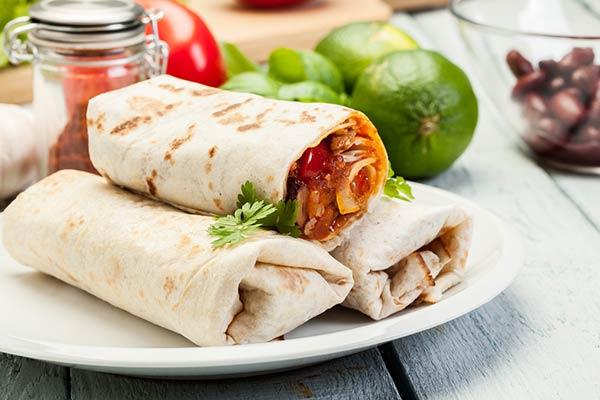 ساندويش فاهيتا دجاج fajita-rolls-.jpg