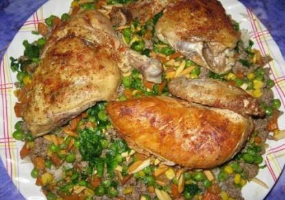 مقلوبة الدجاج والخضراوات اللذيذة 124953340_-_image