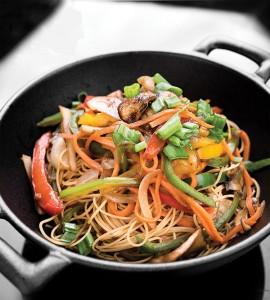 النودلز بالخضراوات .. من شرق آسيا