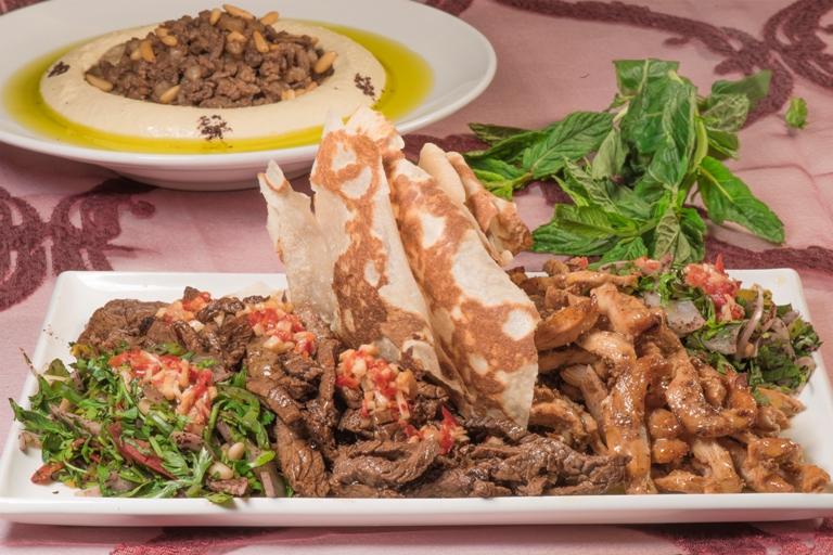 شاورما اللحم بالتتبيلة المميزة