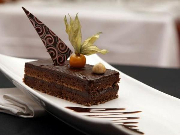 نوغا الشوكولاتة بنكهة الفانيليا