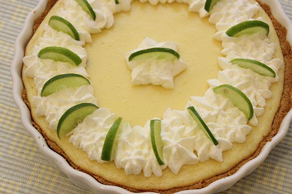 الحلويــات فطيرة الليمون