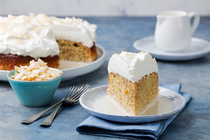 وصفة عمل كيك الحليب مع الكريمة  Milk-cake_(1)