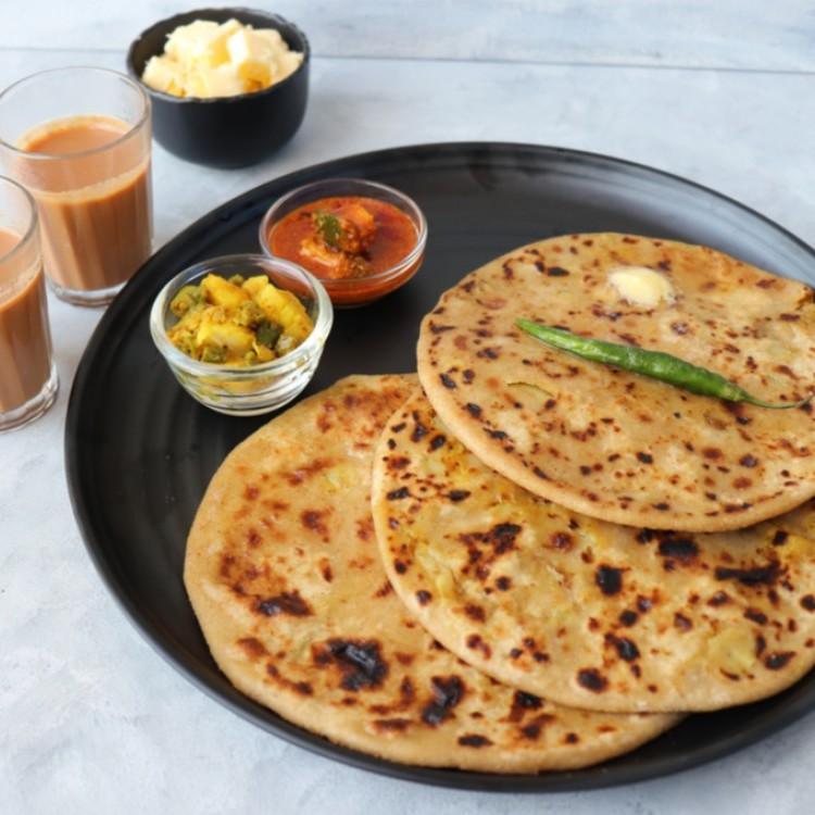 خبز البراتا الهندي بالبطاطس