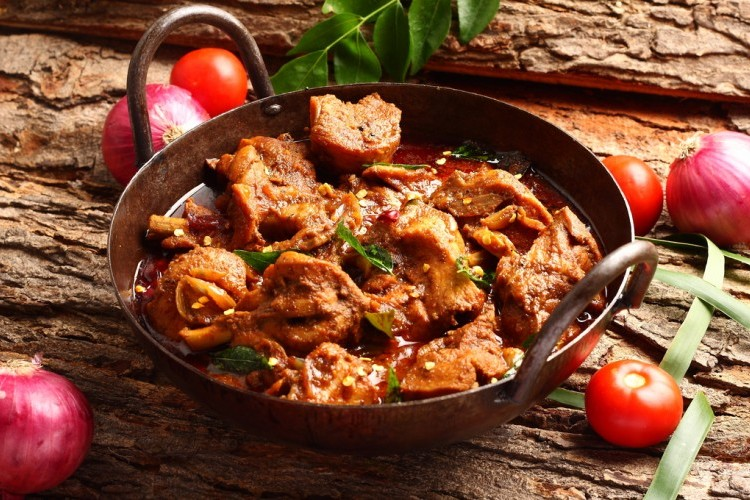 إيدام لحم بالكاري والزبدة