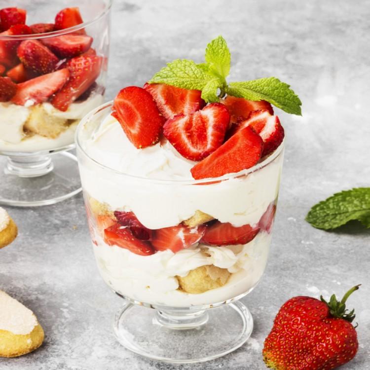 حلويات بالفراولة