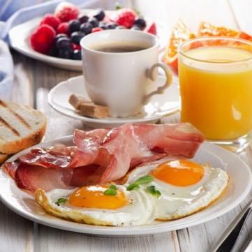 دراسة تدحض الاعتقاد الشائع حول أهمية وجبة الإفطار