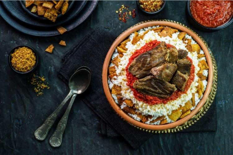 فتة لحم الغنم لغداء عيد الأضحى