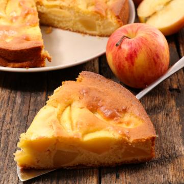 كيك التفاح مع القرفة سهل وسريع