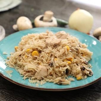 أرز بالدجاج والفطر والذرة بالفيديو