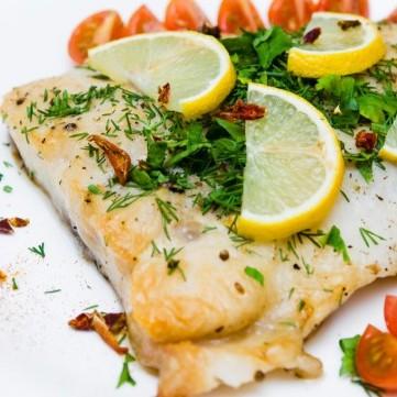 سمك الهامور بالكريمة بالفرن