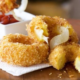 حلقات البصل بالجبنة
