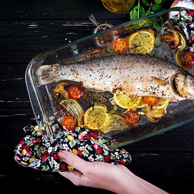 سمك سيباس بالفرن