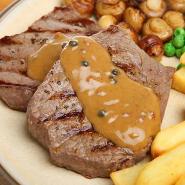 ستيك اللحم بالصوص البني