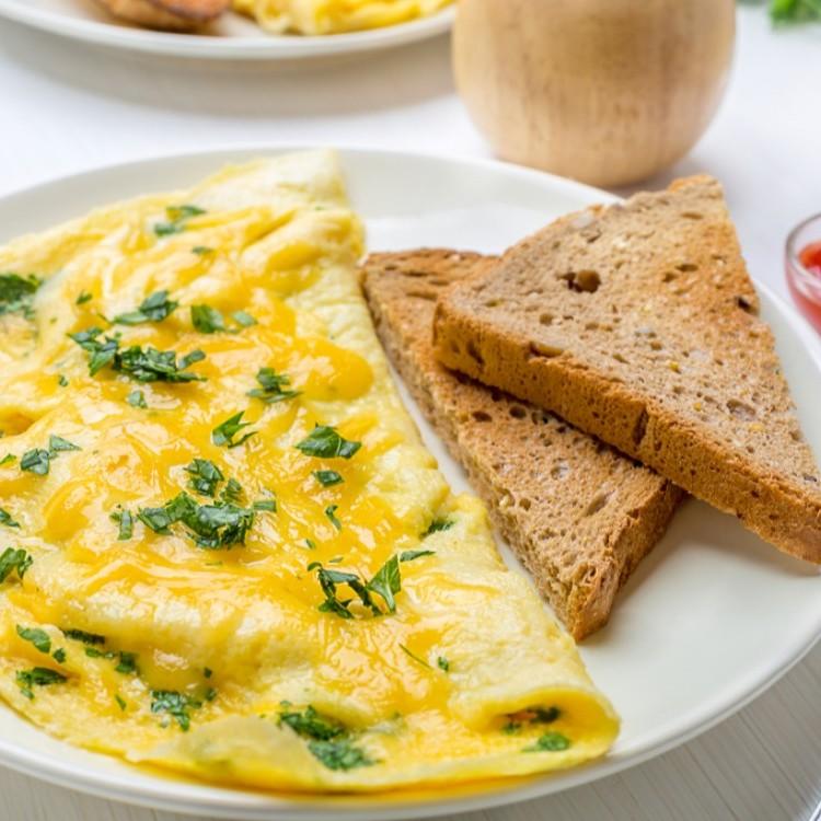 أومليت بالجبن والبيض