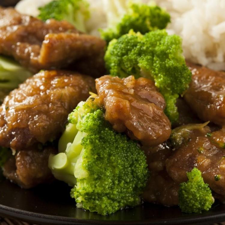 لحم بالبروكلي صحي للرجيم