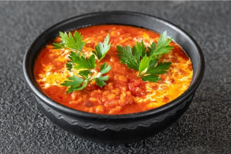 طماطم بالكاري وجوز الهند