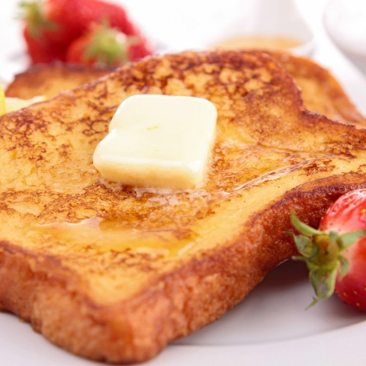 فرينش توست للفطور على طريقة المطاعم