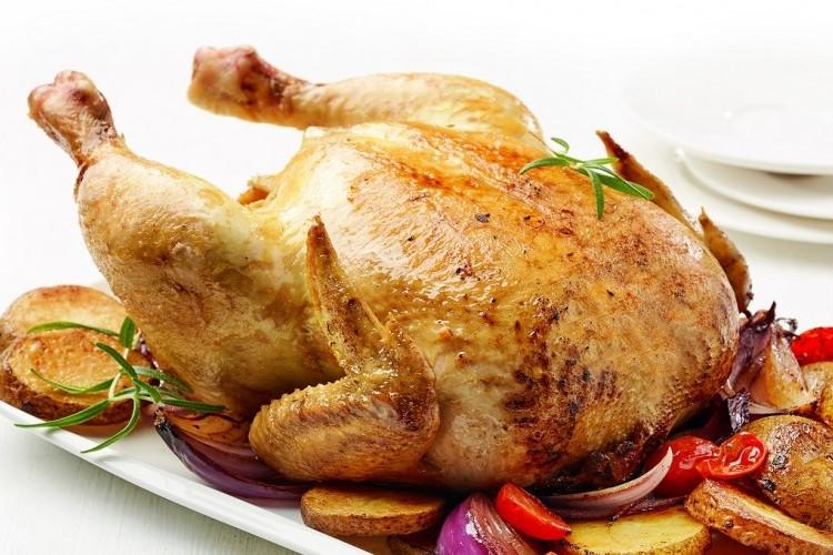 دجاج مشوي بالروزماري والخضار
