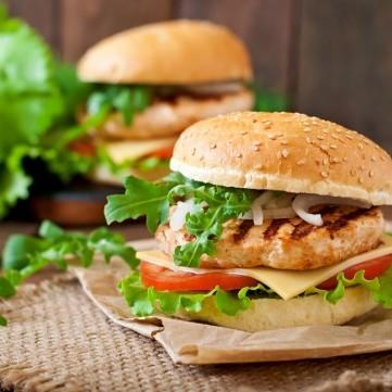 ساندويش برجر دجاج مشوي