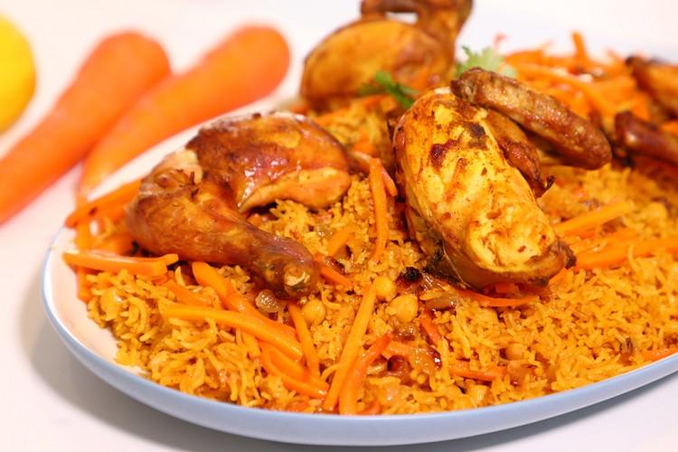 طريقة عمل الرز البخاري بالزبيب والجزر وصفات طبخ وصفات دجاج