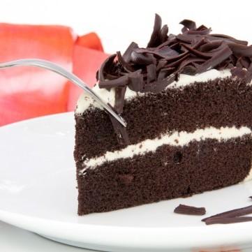 كيكة الشوكولاتة المحشوة بالكريمة