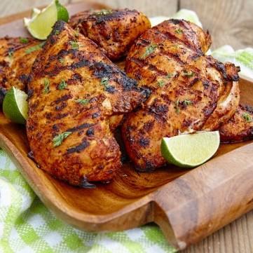 دجاج مشوي بتتبيلة الليمون والأعشاب للرجيم