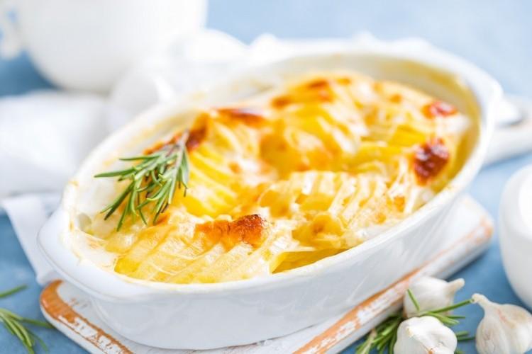 كرات البطاطس بالجبن بالفرن