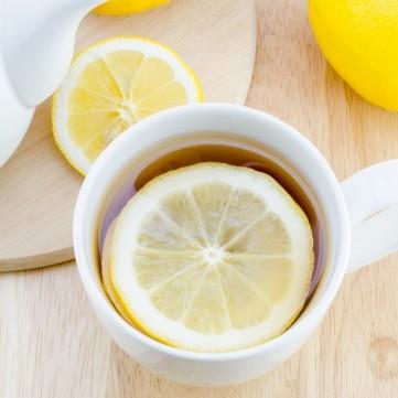 لرفع المناعة ... تعرفي على فوائد الشاي بالليمون