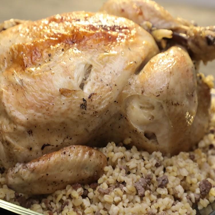 الدجاج المحشي بالبرغل بالفيديو