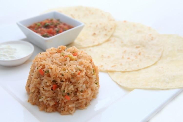 الأرز المكسيكي بالخضار