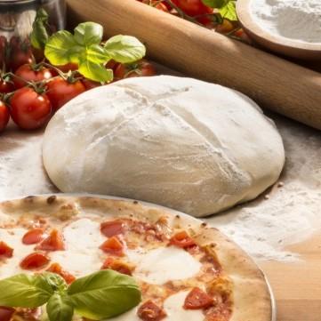 عجينة البيتزا الطرية بالزبادي