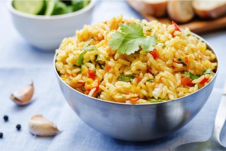 أرز بسمتي بالخضار والكاري