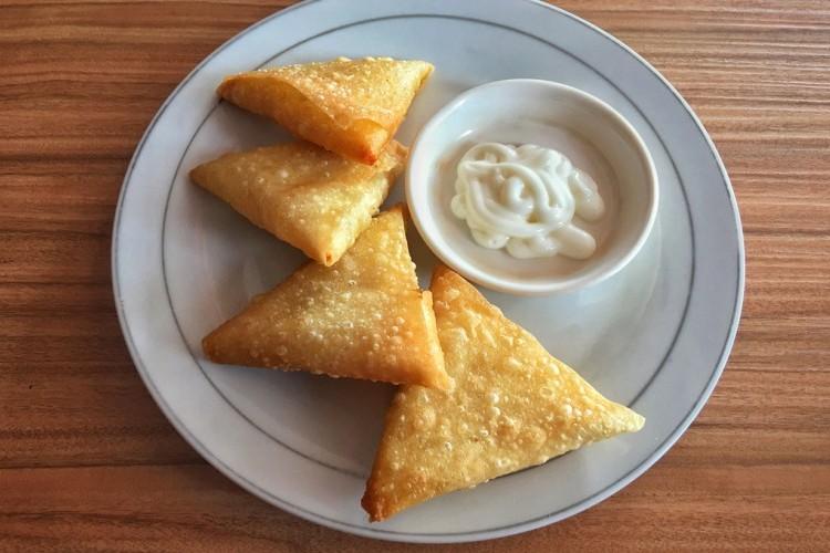 سمبوسك بالجبنة والنعناع