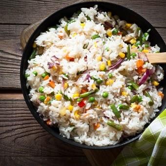 أرز بالخضار للنباتيين