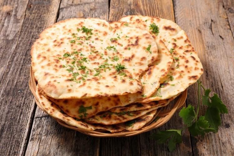 خبز النان الهندي بسعرات أقل
