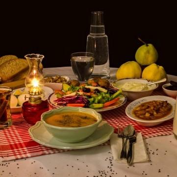 أهمية وجبة السحور بشهر رمضان وأضرار عدم تناولها