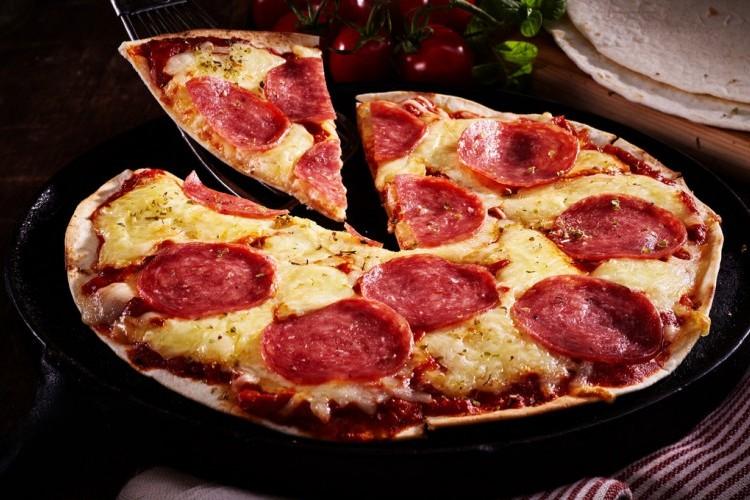 بيتزا التورتيلا