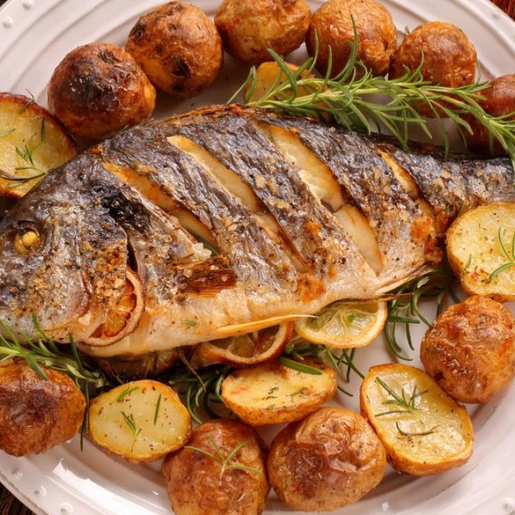 سمك مشوي بالخلطة الحارة