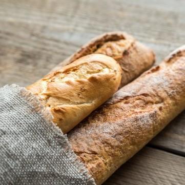 الخبز الفرنسي السهل