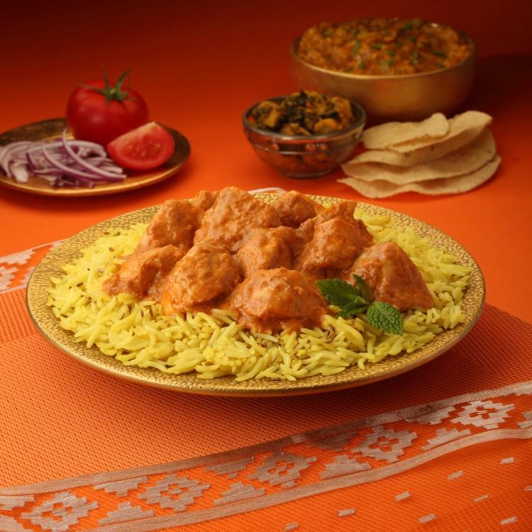 الدجاج بالكاري من المطبخ الهندي