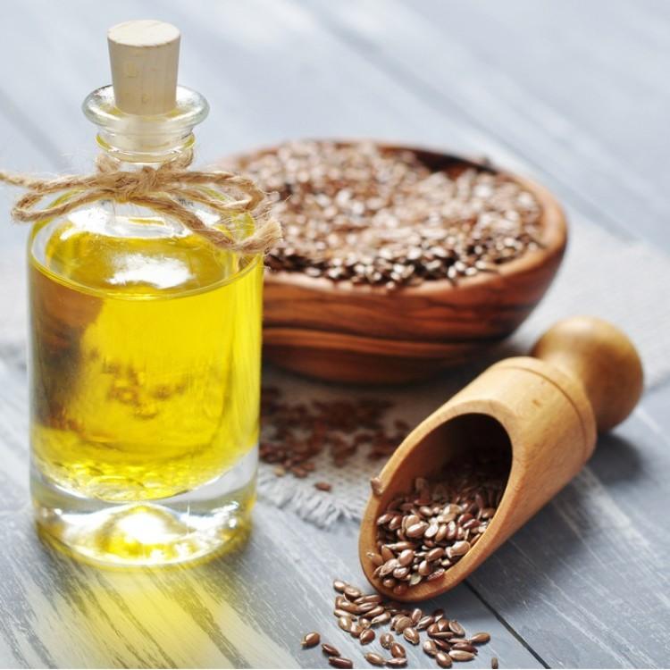الفوائد الصحية لزيت بذور الكتان