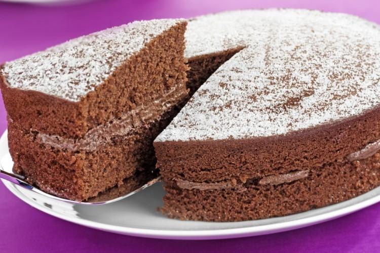 كيكة اسفنجية بالشوكولاتة