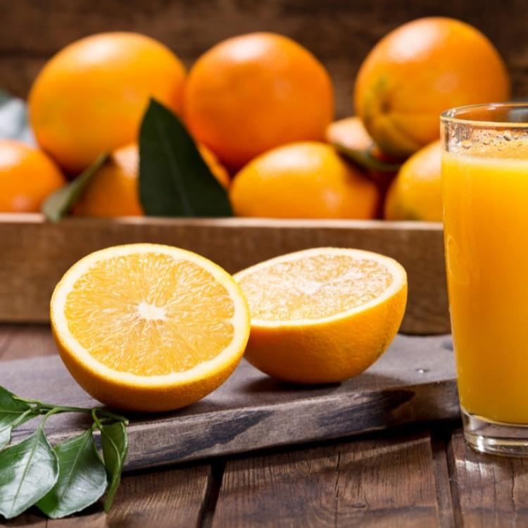 البرتقال يحمي العيون