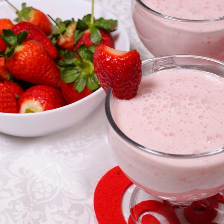 9 وصفات سموذي لذيذة ومغذية بالفيديو