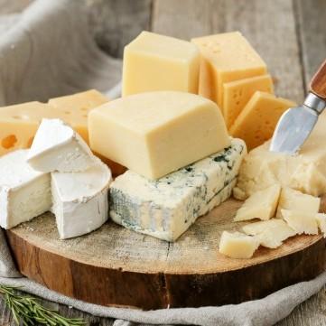 فوائد صحية للجبن .. تعرفي عليها