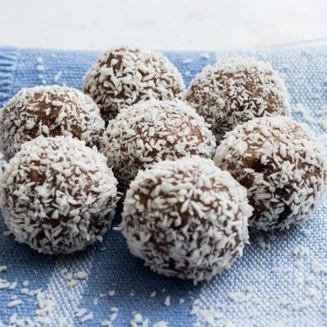 كرات جوز الهند بالشوكولاتة