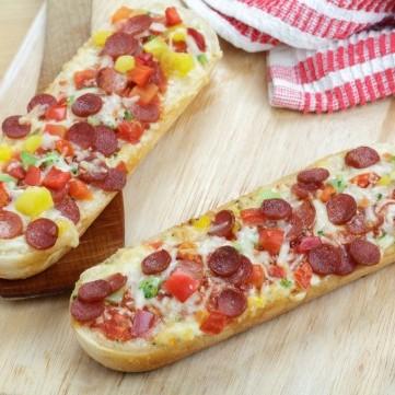 ساندويشات البيتزا السهلة للسحور