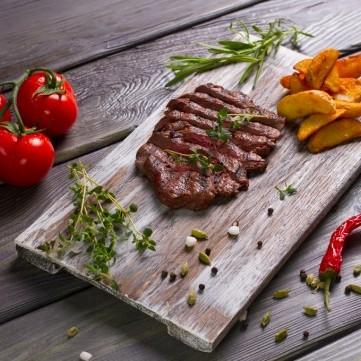 ستيك اللحم بصوص الثوم للرجيم