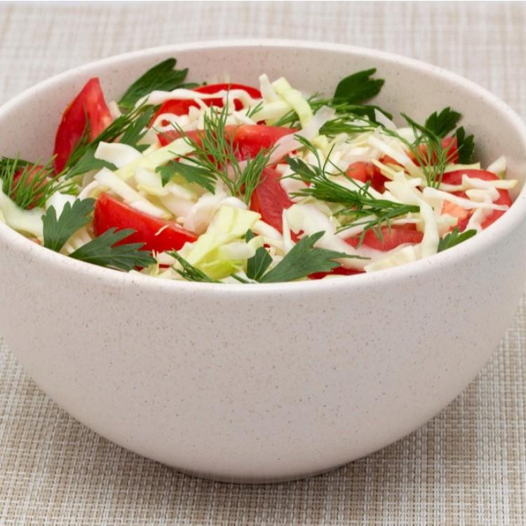 سلطة الملفوف بالطماطم